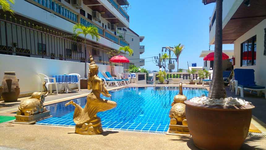 Patong beach auf phuket nachtleben str nde thailands bekanntestes ferienziel der insel phuket - Pool hartschale ...